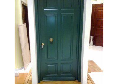 Μονόφυλλη εξωτερική πόρτα ταμπλαδωτή