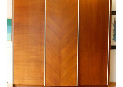 Τρίφυλλη ντουλάπα σε ανιγκρέ