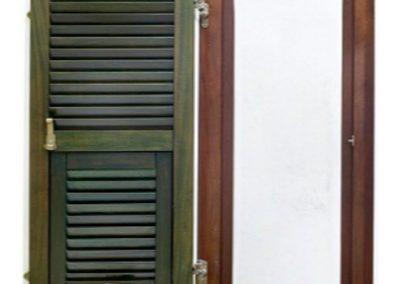Μονόφυλλο παντζούρι βενετσιάνικου τύπου