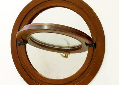 Κυκλικό υαλοστάσιο τύπου φινιστρίνι