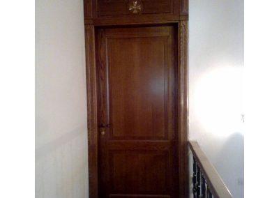 Περαστή ταμπλαδωτή πόρτα σε ξυλεία δρυς