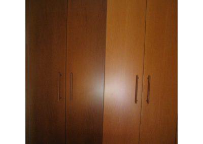 Τετράφυλλη ντουλάπα σε καπλαμά ανιγκρέ