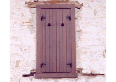 Δίφυλλο παντζούρι παραδοσιακού τύπου ραμποτέ