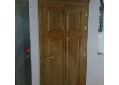 Εσωτερική πόρτα ταμπλαδωτή