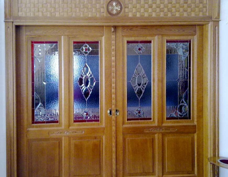 Δίφυλλη ταμπλαδωτή πόρτα 4 ταμπλάδων