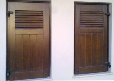 Δίφυλλο παντζούρι από ξυλεία νιαγκόν ή μεράντι